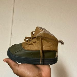 Nike boots (toddlers)